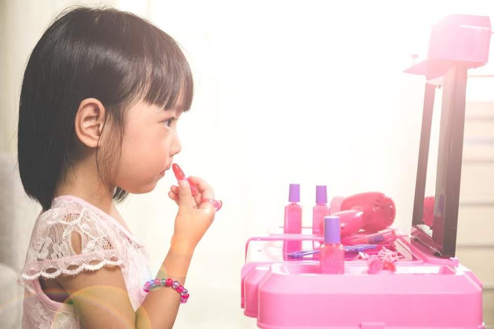 child-makeup